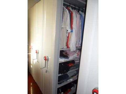 员工更衣柜 双门更衣柜 不锈钢更衣柜 铁皮更衣柜厂家